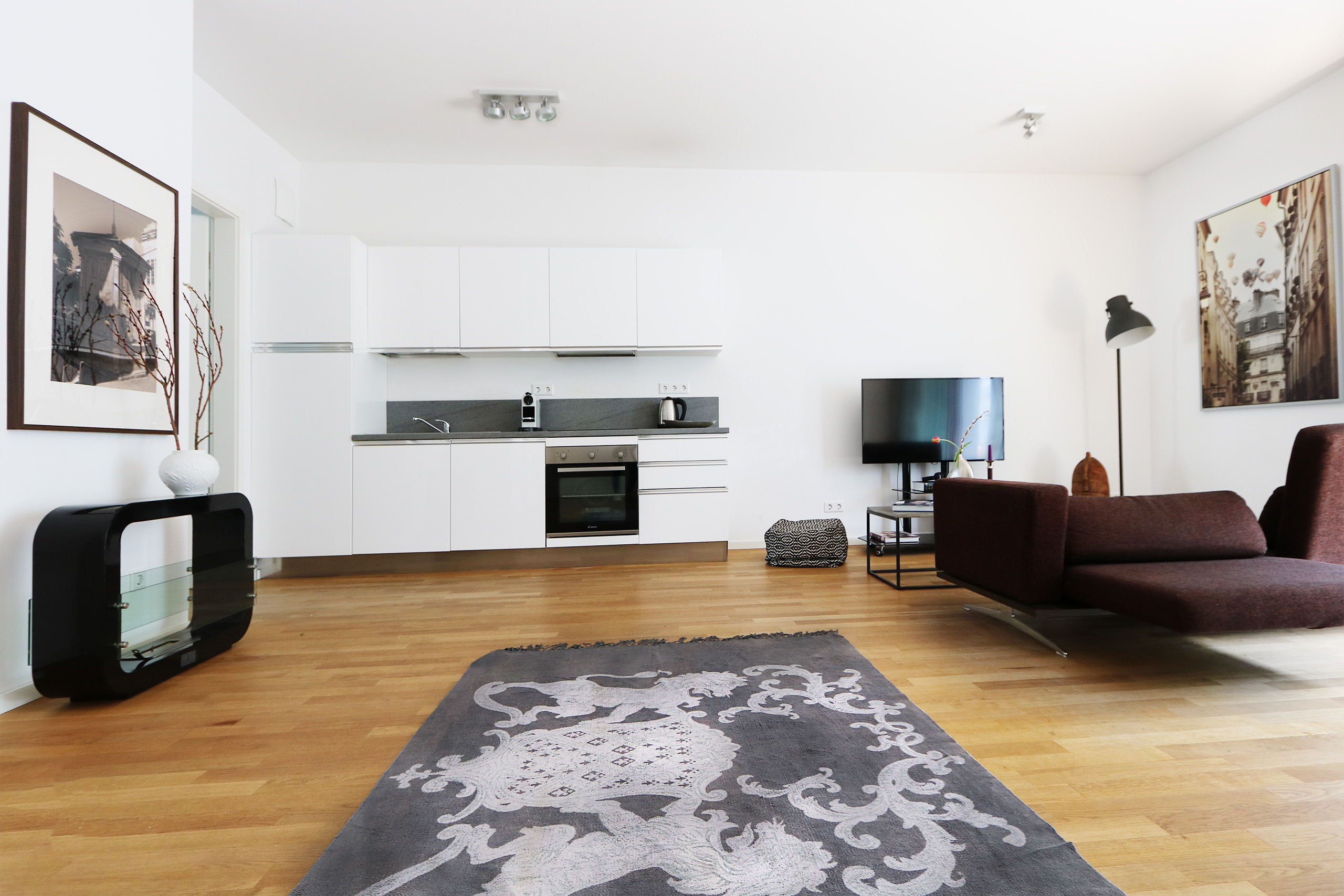furnished apartments in berlin germany urban apartments. Black Bedroom Furniture Sets. Home Design Ideas